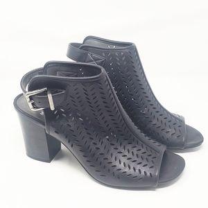 WHITE MOUNTAIN | Salma Black Open Toe Heel Sandal